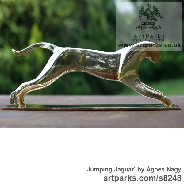 Bronze Cats Wild and Big Cats sculpture by sculptor Ágnes Nagy titled: 'Jumping Jaguar (bronze stylised abstract sculpture)' - Artwork View 5