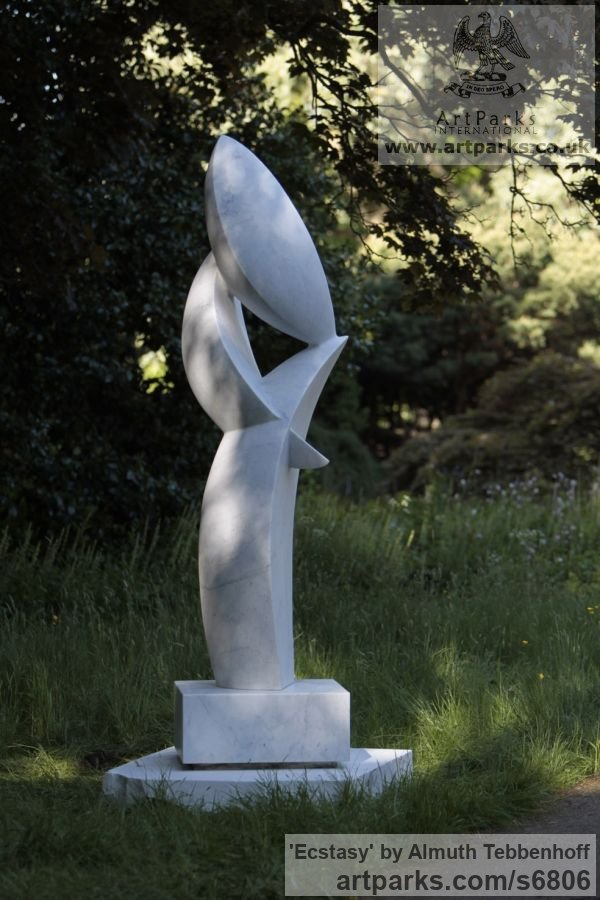 Carrara Bianco Marble Garden Or Yard / Outside and Outdoor sculpture by sculptor Almuth Tebbenhoff titled: 'Ecstasy' - Artwork View 2