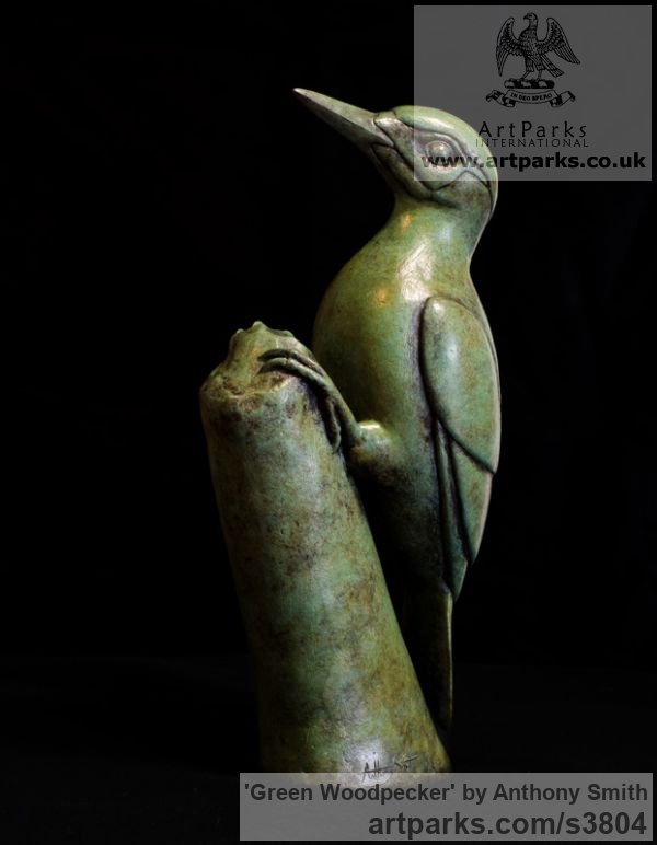 Bronze Wild Animals and Wild Life sculpture by sculptor Anthony Smith titled: 'Green Woodpecker (Yaffle and stump Bronze sculpturette)' - Artwork View 3