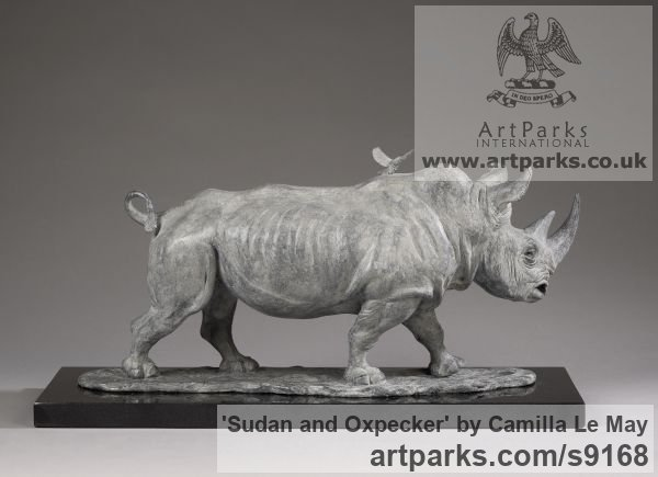 Bronze Wild Animals and Wild Life sculpture by sculptor Camilla Le May titled: 'Sudan, the last male northern white rhino with an oxpecker' - Artwork View 4