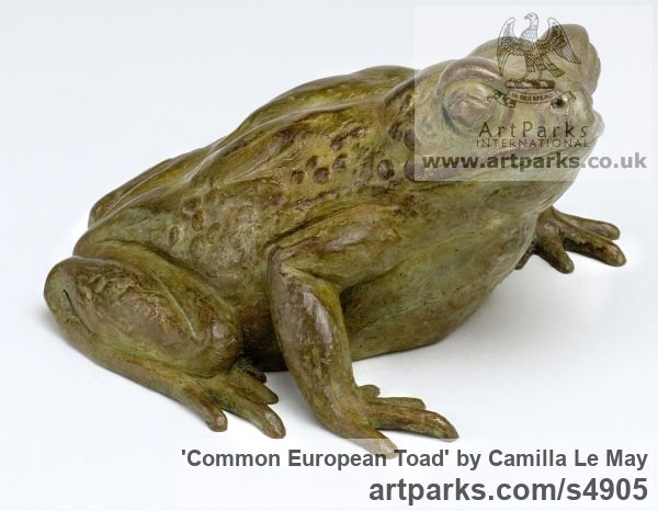 Bronze Wild Animals and Wild Life sculpture by sculptor Camilla Le May titled: 'Common European Toad (bronze life size statuettes)'