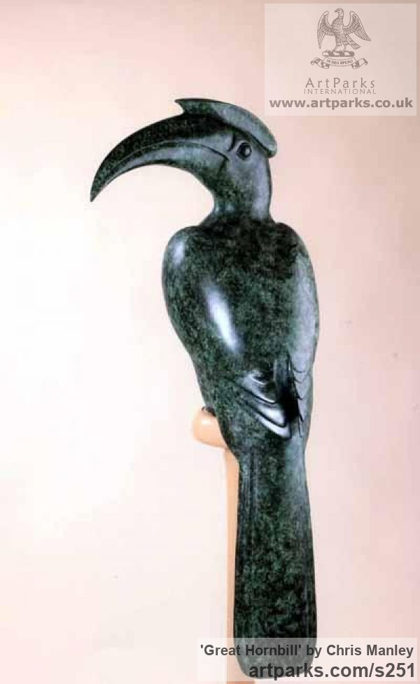 Bronze Garden Or Yard / Outside and Outdoor sculpture by sculptor Chris Manley titled: 'Great Hornbill'