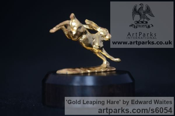 Gold Field Sports, Game Birds and Game Animals sculpture by sculptor Edward Waites titled: 'Gold Leaping Hare (Miniature Little Wild Mad March statuette Ornament)'