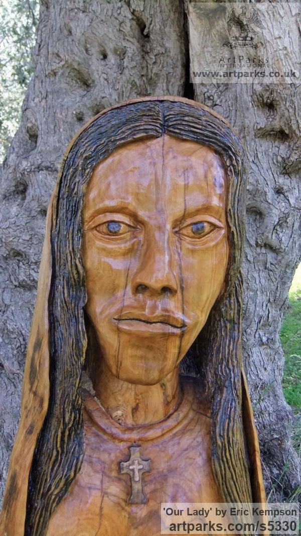 Olive wood Carved Wood sculpture by sculptor Eric Kempson titled: 'Our Lady (Naqive Madonna Carved Olive Wood statue/statuette/sculpture)' - Artwork View 2