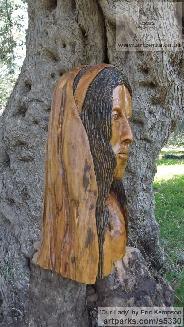 Olive wood Carved Wood sculpture by sculptor Eric Kempson titled: 'Our Lady (Naqive Madonna Carved Olive Wood statue/statuette/sculpture)' - Artwork View 3