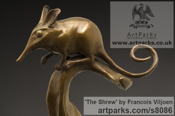 Bronze Wild Animals and Wild Life sculpture by sculptor Francois Viljoen titled: 'The Shrew (Bronze Shrew on Exotic Leaf statuette)' - Artwork View 2