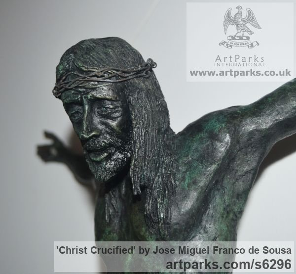 Bronze Male Men Youths Masculine sculpturettes figurines sculpture by sculptor Jos� Miguel Franco de Sousa titled: 'Christ Crucified (Small Crucficition statue)' - Artwork View 5