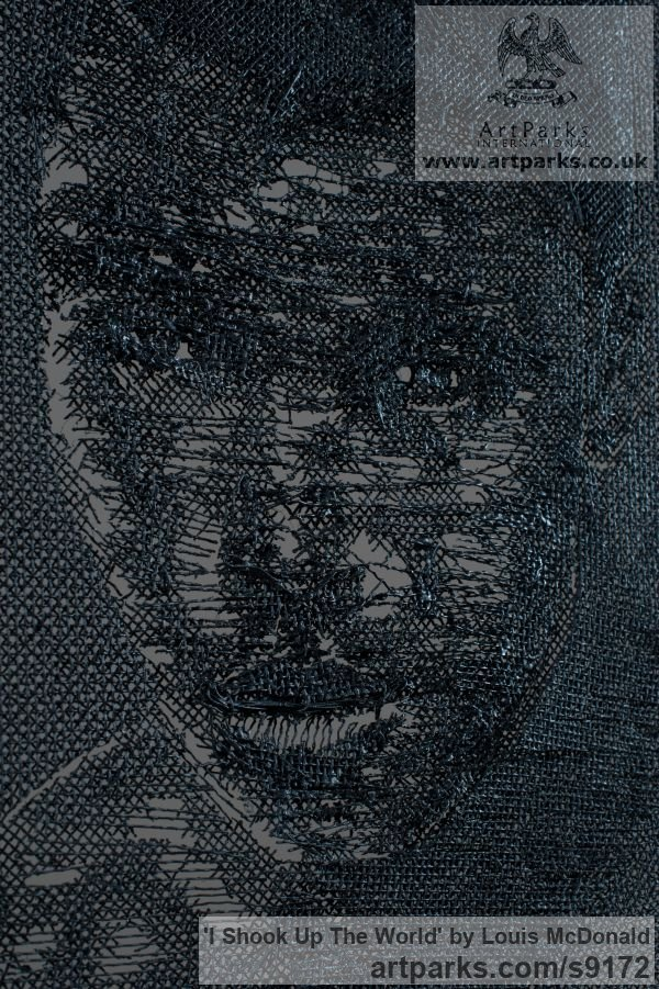 Wire mesh Portrait Sculptures / Commission or Bespoke or Customised sculpture by sculptor Louis McDonald titled: 'I shook up the world (Wire Art Mahumad Ali Relief)' - Artwork View 2