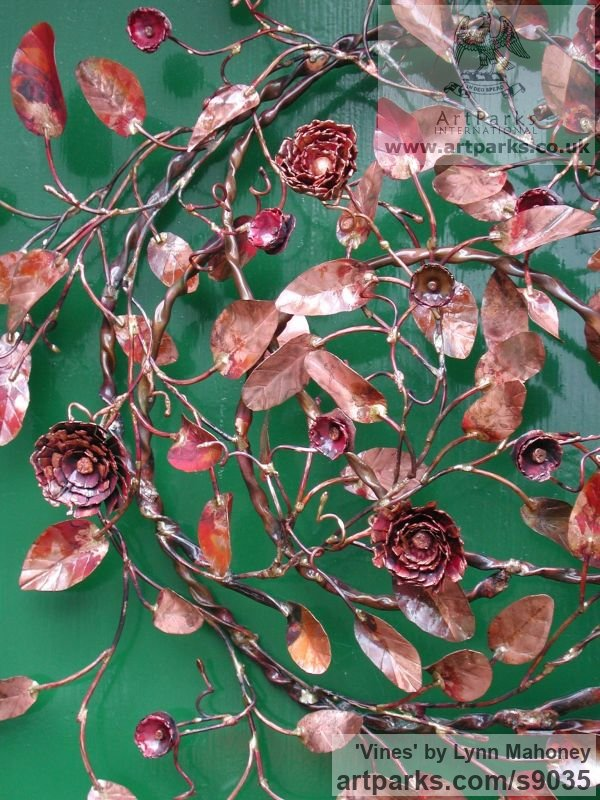 Copper Wall Mounted or Wall Hanging sculpture by sculptor Lynn Mahoney titled: 'Vines (Circular Foliage Floral Wreath Cartouch statue)' - Artwork View 5