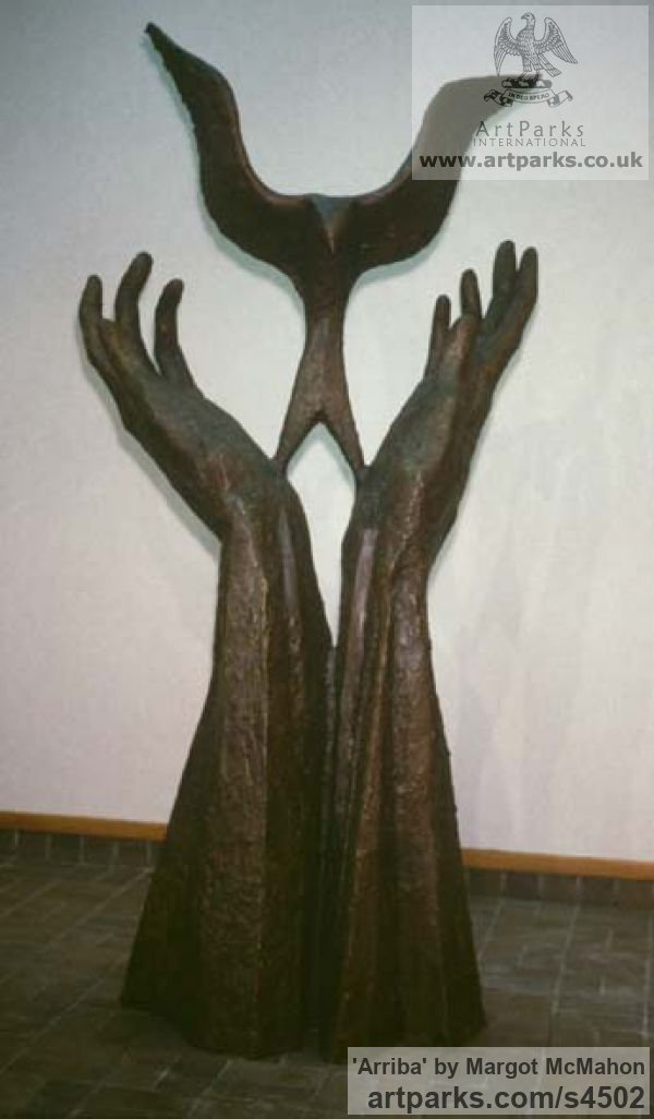 Bronze Wall Mounted or Wall Hanging sculpture by sculptor Margot McMahon titled: 'Arriba (Bronze Bird Returning to Pair Hands sculptures/statuettes)' - Artwork View 1