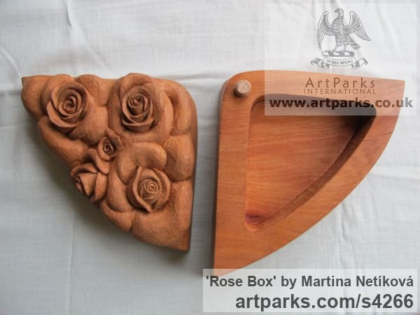 Plane-tree Varietal cross section of Floral, Fruit and Plantlife sculpture by sculptor Martina Netíková titled: 'Rose Box (Carved Wood Decorative Flowers/Floral Box)' - Artwork View 4