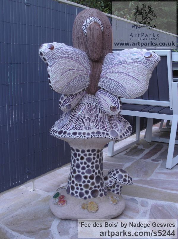 Ciment, chaux ,sable de biot ,mosaique Garden Or Yard / Outside and Outdoor sculpture by sculptor Nadège Gesvres titled: 'Fee des Bois (Wood Fairy on Mushroom garden/Yard sculptures)' - Artwork View 2