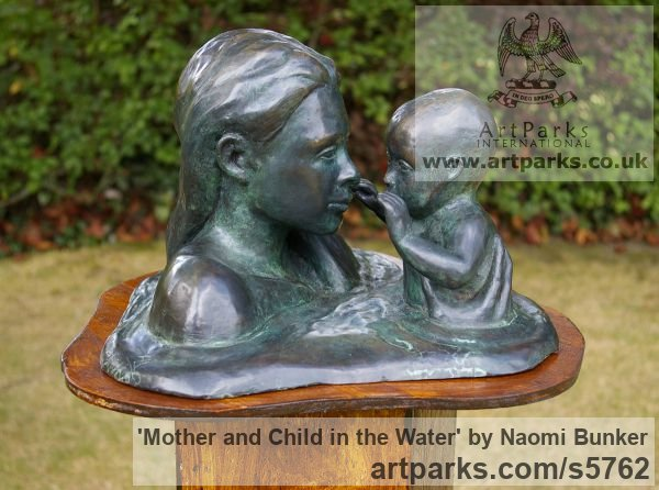 Bronze lost wax Parent - Child sculpture by sculptor Naomi Bunker titled: 'Mother and Child in the water (Bronze Heads sculptures)'