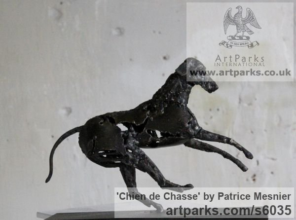 Steel Dogs sculpture by sculptor Patrice Mesnier titled: 'Chien de Chasse (Metal Hunting Hound/Dog statues/sculptures)'