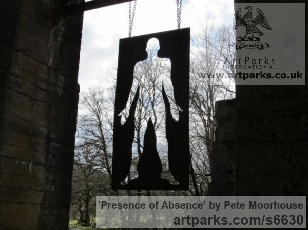 Steel Fabricated Metal Abstract sculpture by sculptor Pete Moorhouse titled: 'Presence of Absence (abstract Silohuette Flat figurative garden statue)'