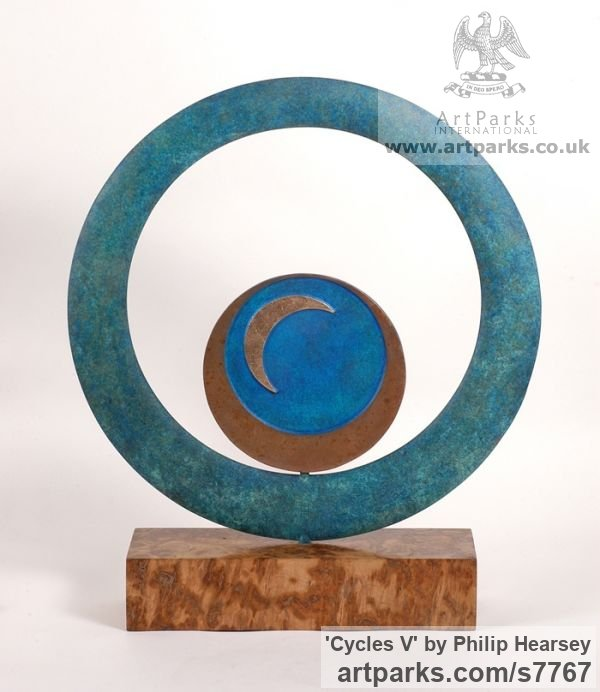 Bronze Round Disk, Dish, Flat Circular Ring Shaped Sculptures / sculpturette statuary sculpture by sculptor Philip Hearsey titled: 'Cycles V (Indoor Small abstract Contemporary Modern sculpture)' - Artwork View 2
