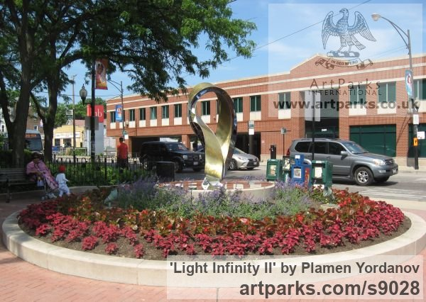 Bronze Abstract Contemporary Modern Civic Urban sculpture statuary sculpture by sculptor Plamen Yordanov titled: 'Light Infinity (homage to Frank Lloyd Wright)'