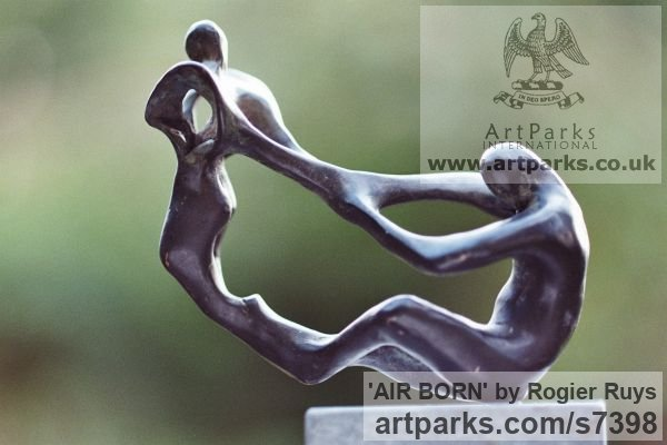 Bronze Garden Or Yard / Outside and Outdoor sculpture by sculptor Rogier Ruys titled: 'AIR BORN (abstract Contemporary figurative Modern Stylised statuette)' - Artwork View 2