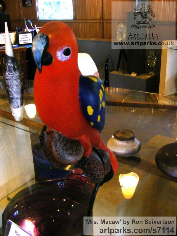 Hot Sculpted Glass Stylised Birds Sculptures / Statues / statuary / ornaments figurines / statuettes sculpture by sculptor Ron Seivertson titled: 'Mrs. Macaw (Glass Polychrome Parrot statuette sculpture)' - Artwork View 2