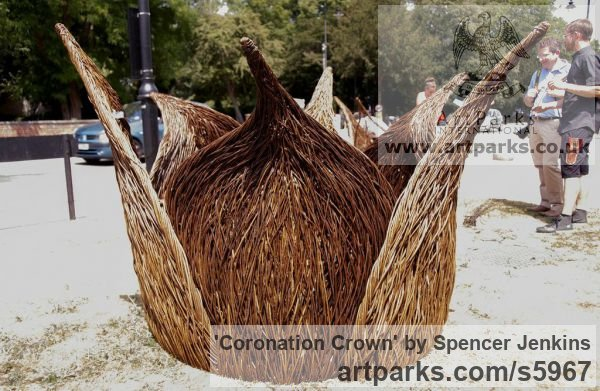 Willow (on steel structure) Garden Or Yard / Outside and Outdoor sculpture by sculptor Spencer Jenkins titled: 'Coronation Crown (Giant Royal 60th Anniversary Willow sculpture)' - Artwork View 1