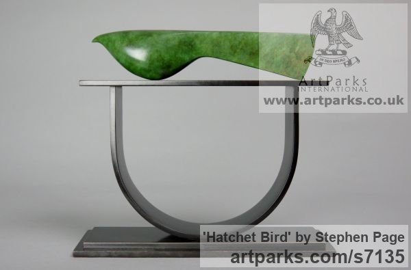 Bronze Animal Abstract Contemporary Modern Stylised Minimalist sculpture by sculptor Stephen Page titled: 'Hatchet Bird (Minimalist Contemporary Bird statuette)'