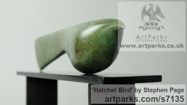 Bronze Animal Abstract Contemporary Modern Stylised Minimalist sculpture by sculptor Stephen Page titled: 'Hatchet Bird (Minimalist Contemporary Bird statuette)' - Artwork View 3