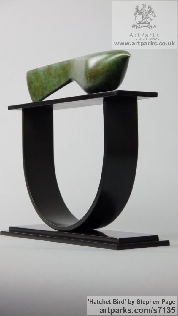 Bronze Animal Abstract Contemporary Modern Stylised Minimalist sculpture by sculptor Stephen Page titled: 'Hatchet Bird (Minimalist Contemporary Bird statuette)' - Artwork View 4