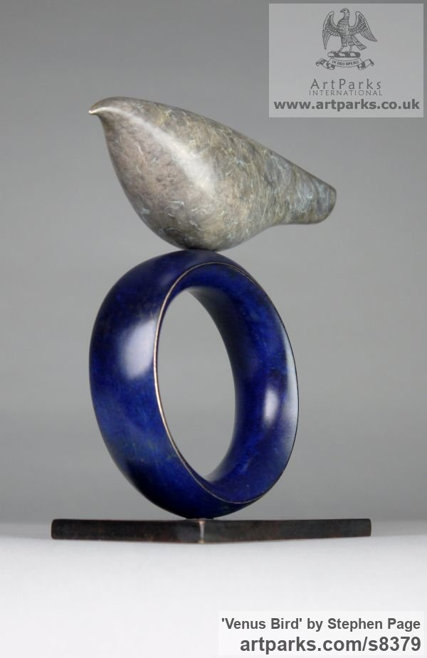 Bronze Animal Abstract Contemporary Modern Stylised Minimalist sculpture by sculptor Stephen Page titled: 'Venus Bird (Minimalist Simplified Little statuettes)' - Artwork View 2