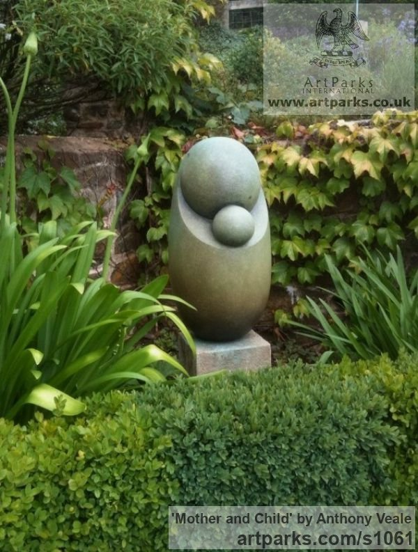 Bronze Abstract Contemporary Modern Outdoor Outside Garden / Yard sculpture statuary sculpture by sculptor Anthony Veale titled: 'Mother and Child (Bronze Minimalist Modern abstract statue/sculpture)' - Artwork View 3