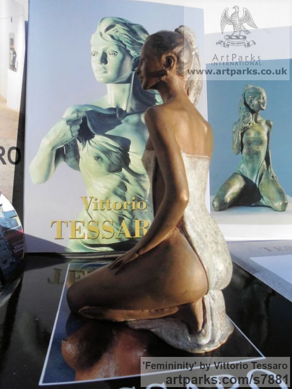 Bronze Females Women Girls Ladies sculpture statuettes figurines sculpture by sculptor Vittorio Tessaro titled: 'Femininity (Lissom nude Sexy Girl Kneeling statuette figurine statue)' - Artwork View 4