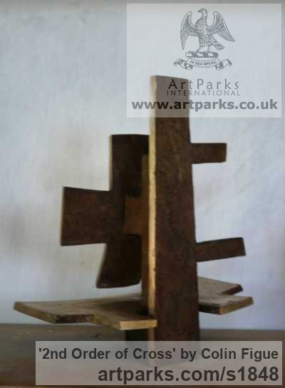 Bronze Abstract Contemporary Modern Outdoor Outside Garden / Yard sculpture statuary sculpture by sculptor Colin Figue titled: '2nd Order of Cross (Small Contemporary Indoor statue)' - Artwork View 2