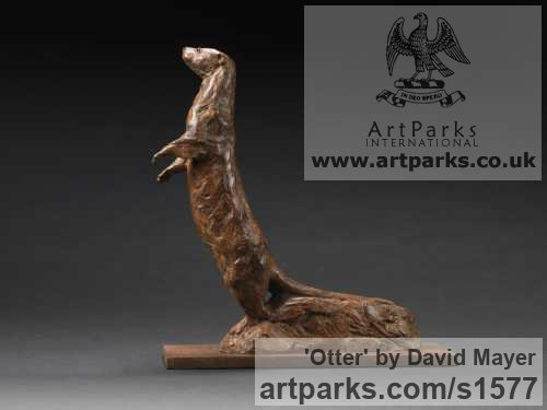 Bronze Wild Animals and Wild Life sculpture by sculptor David Mayer titled: 'Otter (Little Standing Bronze sculptures/statuettes)' - Artwork View 3
