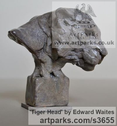 Bronze Cats Wild and Big Cats sculpture by sculptor Edward Waites titled: 'Tiger Head (Small/Little Mask/Face/Trophy statuette/ornament/figurine)' - Artwork View 2