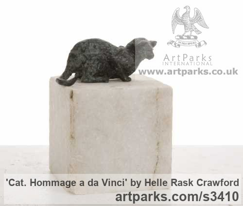 Bronze, marble Cats sculpture by artist Helle Rask Crawford titled: 'Cat. Hommage a da Vinci (bronze Lying Watching statue/statuette)'