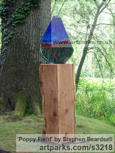 Sand cast glass, solid oak plinth Abstract Contemporary or Modern Outdoor Outside Exterior Garden / Yard sculpture statuary sculpture by sculptor Stephen Beardsell titled: 'Poppy Field (Glass Contemporary abstract Brightly coloured sculptures)' - Artwork View 3