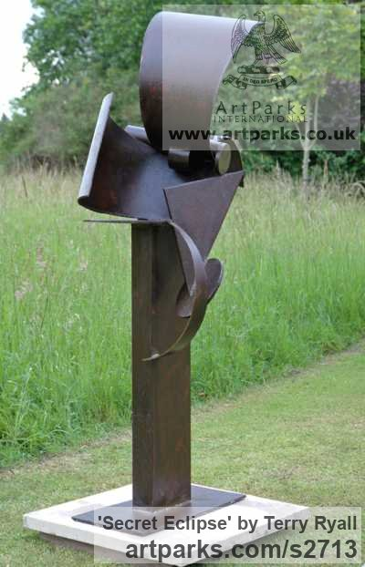 Mild Steel Garden Or Yard / Outside and Outdoor sculpture by sculptor Terry Ryall titled: 'Secret Eclipse (Steel Contemporary abstract Outdoor Welded statues)' - Artwork View 3