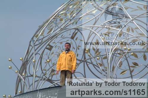Stainless steel, bronze Abstract Contemporary or Modern Outdoor Outside Exterior Garden / Yard sculpture statuary sculpture by sculptor Todor Todorov titled: 'Rotunda (Hemispherical Decorative Dome Roof statues)' - Artwork View 3