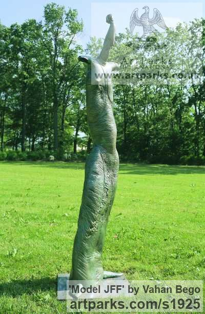 Bronze Garden Or Yard / Outside and Outdoor sculpture by sculptor Vahan Bego titled: 'Model JFF (abstract Contemporary female garden statue)' - Artwork View 2