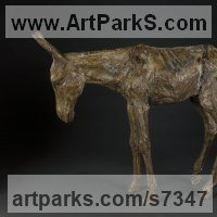 Pet and Animal Portrait Custom or Bespoke or Commission Commemorative or Memoriaql sculpture statue by sculptor artist Ans Zondag titled: 'Its a Donkey' in Bronze