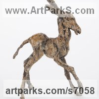 Young Animal Bird, Reptile or Amphibian and possibly Insects Statues by sculptor artist Ans Zondag titled: 'Lolla (Baby/Foal/Newborn Donkey statuette sculpture statue for sale)' in Bronze