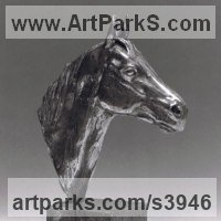 Precious Metals Animal Sculpture Statues statuettes ornaments by sculptor artist Enzo Plazzotta titled: 'Horses Head (Silver Small Bust statuettes for sale)' in Silver