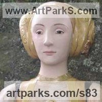 Stylised Heads / Busts Sculpture by sculptor artist Lida Baas titled: 'Anne of Cleves' in Stoneware, glazed & gilded