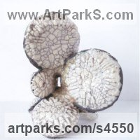 Random image from Abstract Plants Fruits Trees Leaves Flowers Statues Sculptures
