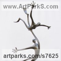 Marine Maritime Water Sea sculpture statue statuette by sculptor artist Plamen Dimitrov titled: 'Water World (abstract Skindivers Flippers satatue)' in Bronze