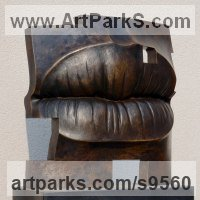 Outsize, Very Big, Extra Large and Massive Sculpture by sculptor artist Tam�s Bar�z titled: 'Golden age (Bronze Big Outsize Lips sculpture statues)' in Bronze, granite