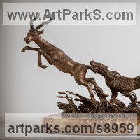 Cats Wild and Big Cats Sculpture by sculptor artist Валерий Безпалый VALERON titled: 'Hunting the Antelope (Leaping statuette)'