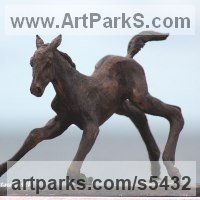 Small Animal Sculpture by sculptor artist Yanina Antsulevich titled: 'The Frst Hour of Life (Tottering Foal/Baby/young horse bronzes/statue)'
