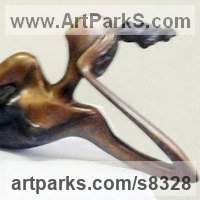 Nudes, Female Sculpture by sculptor artist Zakir Ahmedov titled: 'RECREATION'