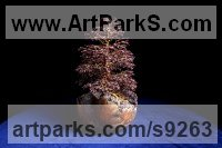 7,000 Garnet Gemstones, twisted wire, wood Interior, Indoors, Inside sculpture by Alarik Greenland titled: 'Sue`s Tree'