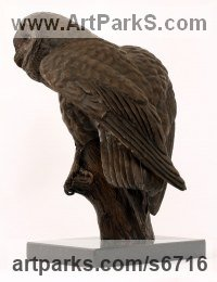 Bronze Wild Bird sculpture by Bill Prickett titled: 'Barn Owl (Life Like Perched sculpture/statue/statuette)'